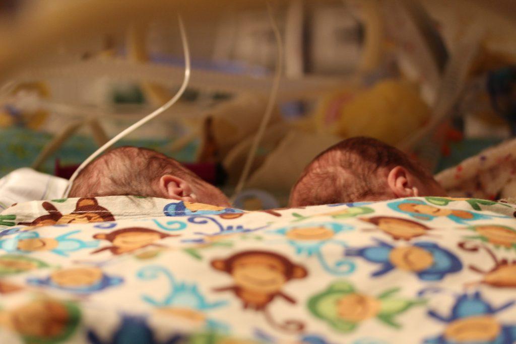 mit kranken kindern im kindergarten, ursula von der wense,